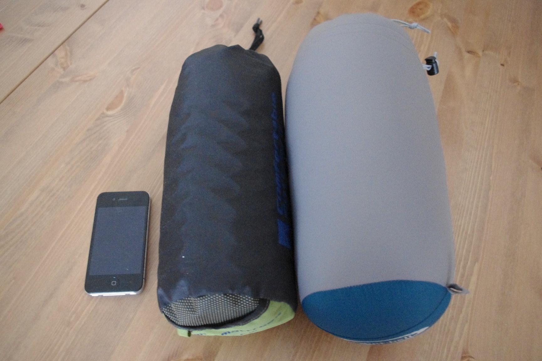 寝袋とスリピンギパッド
